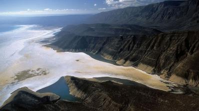 Djibouti-Lake-Assal-panoramic
