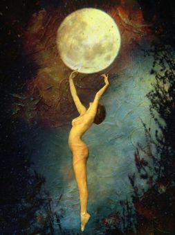 woman-and-moon